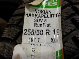 399$ POUR 2 X255-50-R19 RUN FLAT NEW TIRE NOKIAN HAKAPILLTA 5 NEUFS