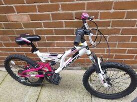 Girls muddy fox mountain bike 20''