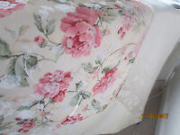 CATHERINE LANSFIELD POLY COTTON DUVET QUILT COVER PINK/LIGHT GOLD FLORAL..KING