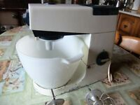 KENWOOD CHEF A901 MIXER