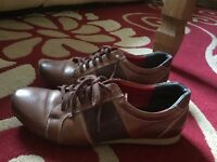 High quality leather shoes (pre-owned)