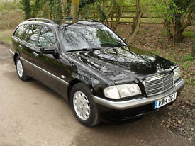 MERCEDES C180 ESTATE IN BEAUTIFUL CONDITION, ONLY ONE OWNER SINCE NEW
