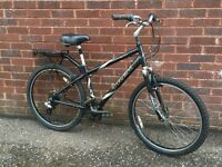 Trek Navigator 200 Hybrid/mountain Bike.