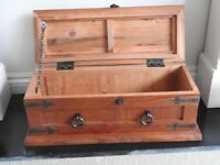 Wooden chest /casket box/trinket box