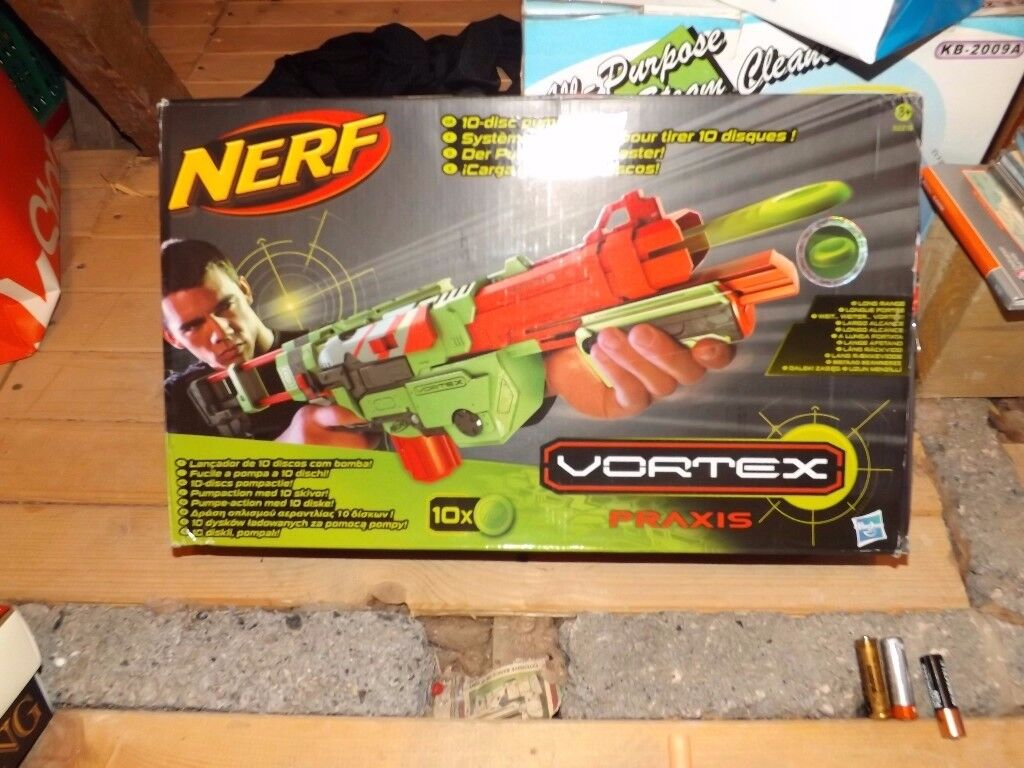 Nerf Vortex Praxis Gun Complete with Extra Cartridge and Discs - Boxed and Ideal for Christmas