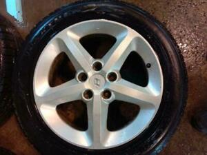 HYUNDAI ELENTRA MAGS WITH SUMMER TIRES 225/50/17