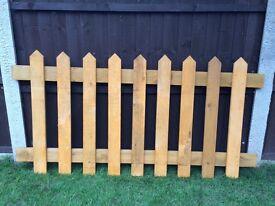 Pickett fence