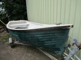 14ft boat on road trailer