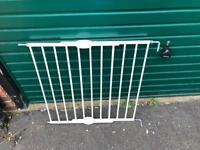 2 x Lindam Extending Metal Wall Fix Push To Shut Baby Safety Gate