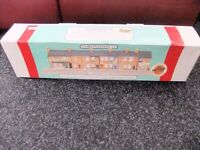 CORONATION STREET DETAILED HAND-PAINTED MODEL -NEW