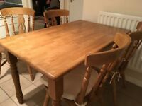 Solid Wood Dining/Kitchen Table with 4 Chairs