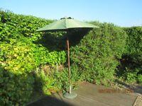 Housemove clearance. Strong commercial / garden umbrella. Good used condition. Summer bargain!