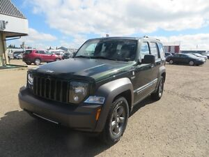 2011 Jeep Liberty RENEGADE FLAT TOWABLE!! SUNROOF!!