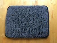 Small dog/cat fleece mat new
