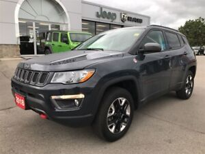 2018 Jeep Compass Trailhawk 4x4 w/Leather, Sunroof, Navi, Backup