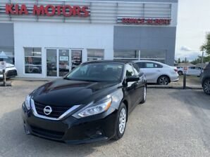 2016 Nissan Altima 2.5 S Stylish with a back up camera!