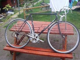 A Harry Quinn 531 bike frame and some other parts