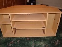 WOODEN TV/STAND ONLY £10.00