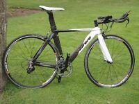 Full Carbon Carrera Virago TT/Tri bike SRAM Rival/Red Medium frame, 500 miles only.