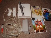 NINTENDO WII WITH GAMES FULLY WORKING