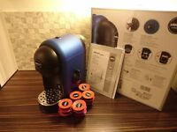 Lavazza Mini Glam Coffee Machine Used only 2 times, + 15 pods. {Electric Blue]