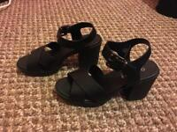 Ladies office shoes size 4