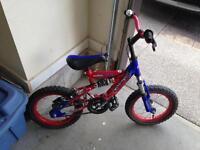 Kid's Spiderman bike w matching helmet
