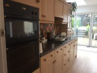 Fitted Magnet Shaker style kitchen. Shakerbirch. Very good condition with soft closure drawers