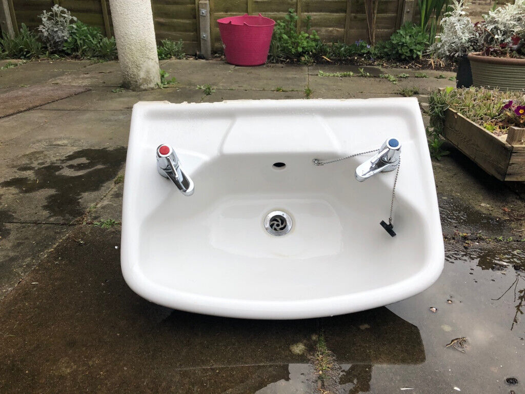 White bathroom sink with chrome taps - good used condition ...