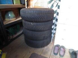 4 Goodyear Ultra Grip 8 Winter Tyres