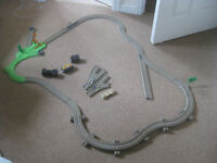 toys-trackmaster battery operated train only 5 pounds