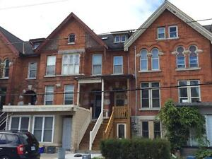 ATTN STUDENTS: ALL INCLUSIVE 4 BD w/HARDWOOD! A-60 Montreal St