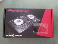 PIONEER DDJ-SB2 DJ CONTROLLER - BOXED - EXCELLENT CONDITION