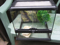 REPTILE TANK IN EXCELLENT CONDITION