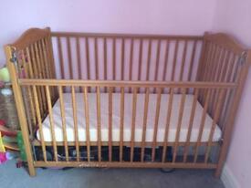 Mamas&papas cot bed