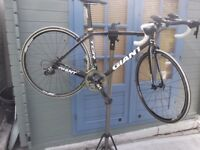 Giant tcr advanced sl carbon road bike