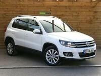 Volkswagen Tiguan 2.0 TDi BlueMotion Tech Match 4 Motion 4WD 5dr SAT NAV BLUETOOTH FSH (white) 2014
