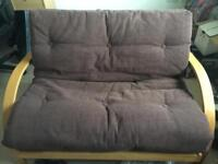 Futon pull out bed