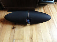 Dock Zeppelin Air Speaker Bowers & and Wilkins B&W Airplay iphone ipod wireless