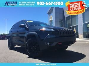 2015 Jeep Cherokee Trailhawk 1 OWNER, CAM, NAV, MOONROOF, NEW TI