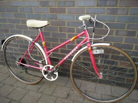 Peugeot Monte Carlo Ladies Town bicycle. Small, lightweight 19inch(48cm) Frame in Great condition