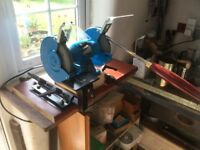 Axminster Wood Turning Chisels Sharpening System.