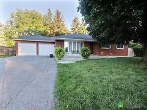 $650,000 - Bungalow for sale in Niagara-On-The-Lake