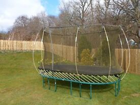 Trampoline - Springfree Trampoline SF60E - Large Oval 8ft by 13ft