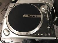 Numark TT200