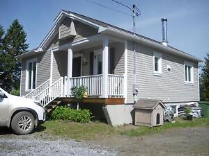 Maison à vendre à Notre-Dame-des-Bois City of Montréal Greater Montréal image 1
