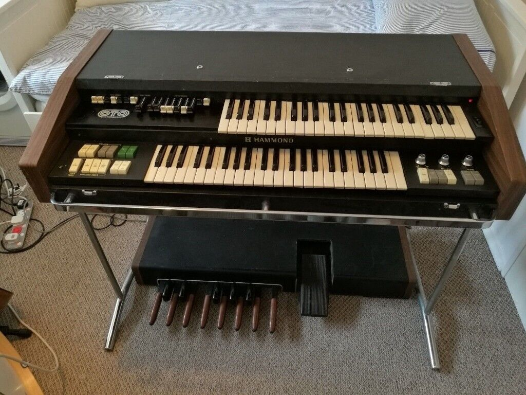 hammond organ x5 portable organ in peterborough cambridgeshire gumtree. Black Bedroom Furniture Sets. Home Design Ideas