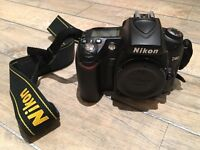 Nikon D90 DSLR body only in very good condition