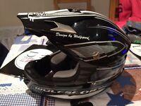 Wulf sport kids helmet