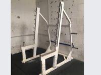 Very heavy duty squat rack